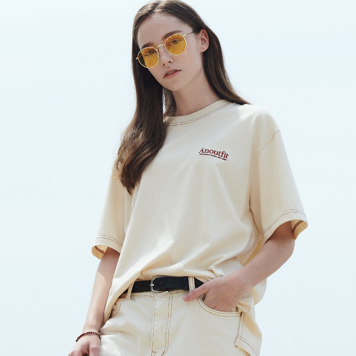 UNISEX SIGNATURE STITCH T-SHIRTS CREAM