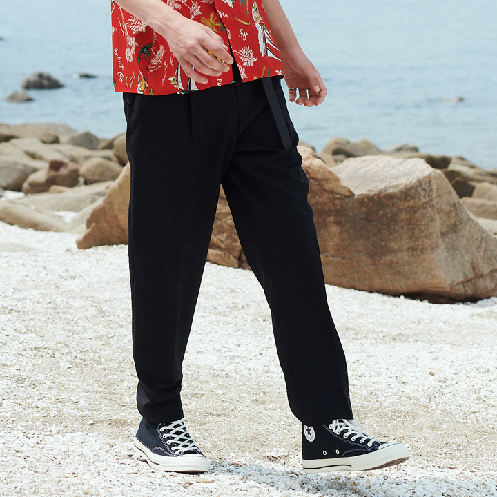 UNISEX SEMI TAPERED SLACKS BLACK