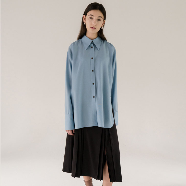 [카인다와이와이와이]Big Collar Shirt(Light Blue)