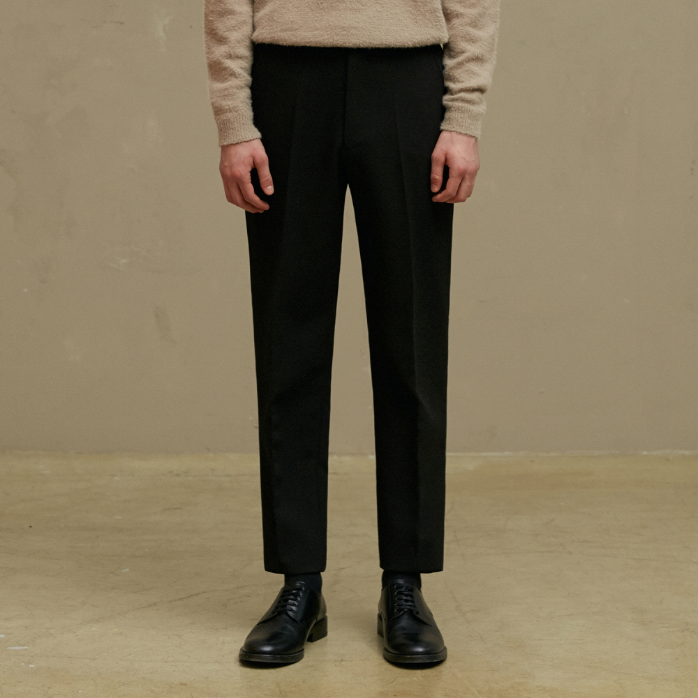[09월17일 순차배송]  BLACK SLIM FIT TROUSERS (TC1PTVF0801)