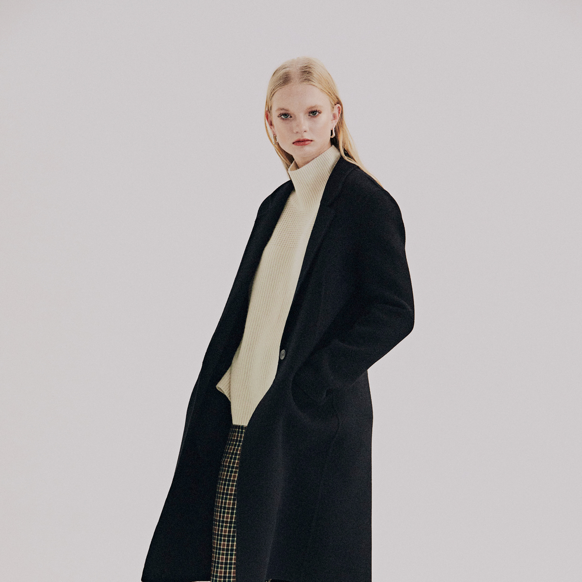 [10월 01일 순차배송] Basic Straight Handmade Coat (Black)