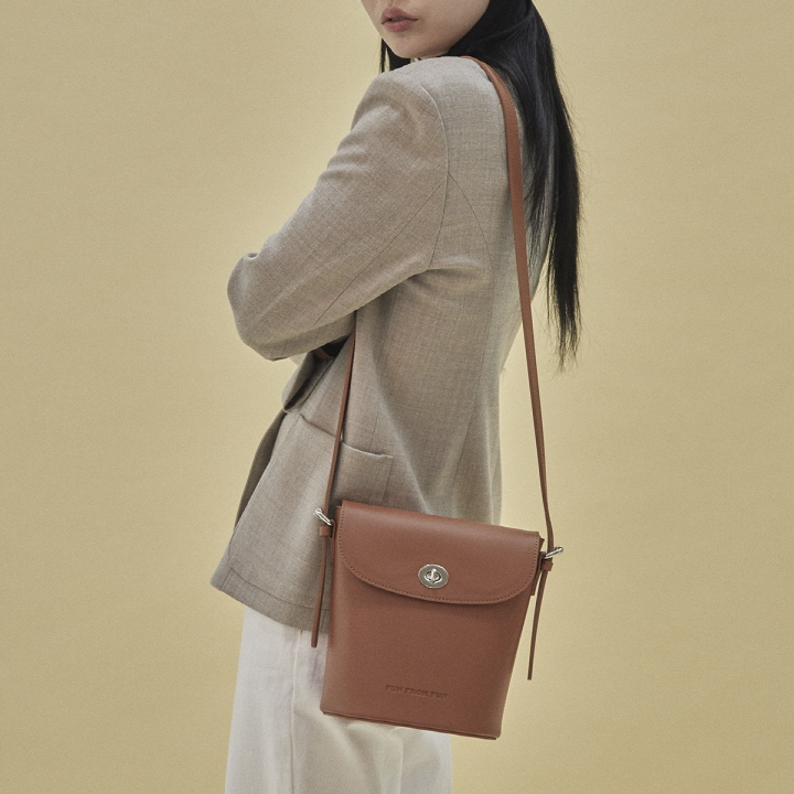 [10/22 출고예정]Rachel vintage shoulder bag (camel)