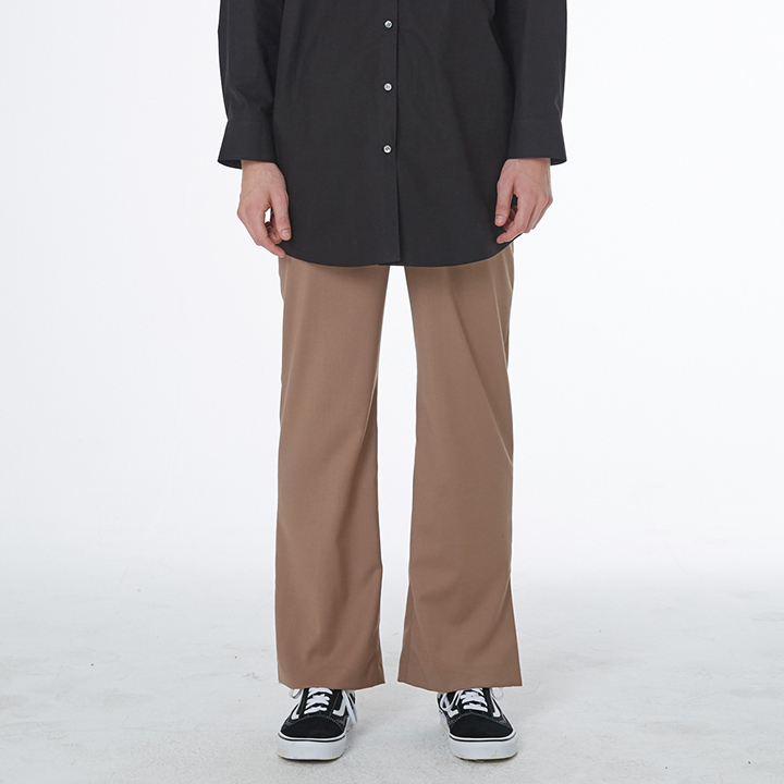 MEN_SLIT SEMI WIDE SLACKS (BROWN)